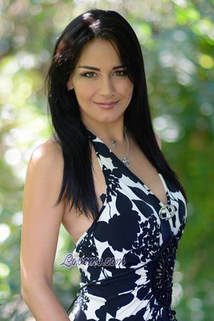 Single lady Ekaterina, 30 yrs.old from Kharkov, Ukraine: I